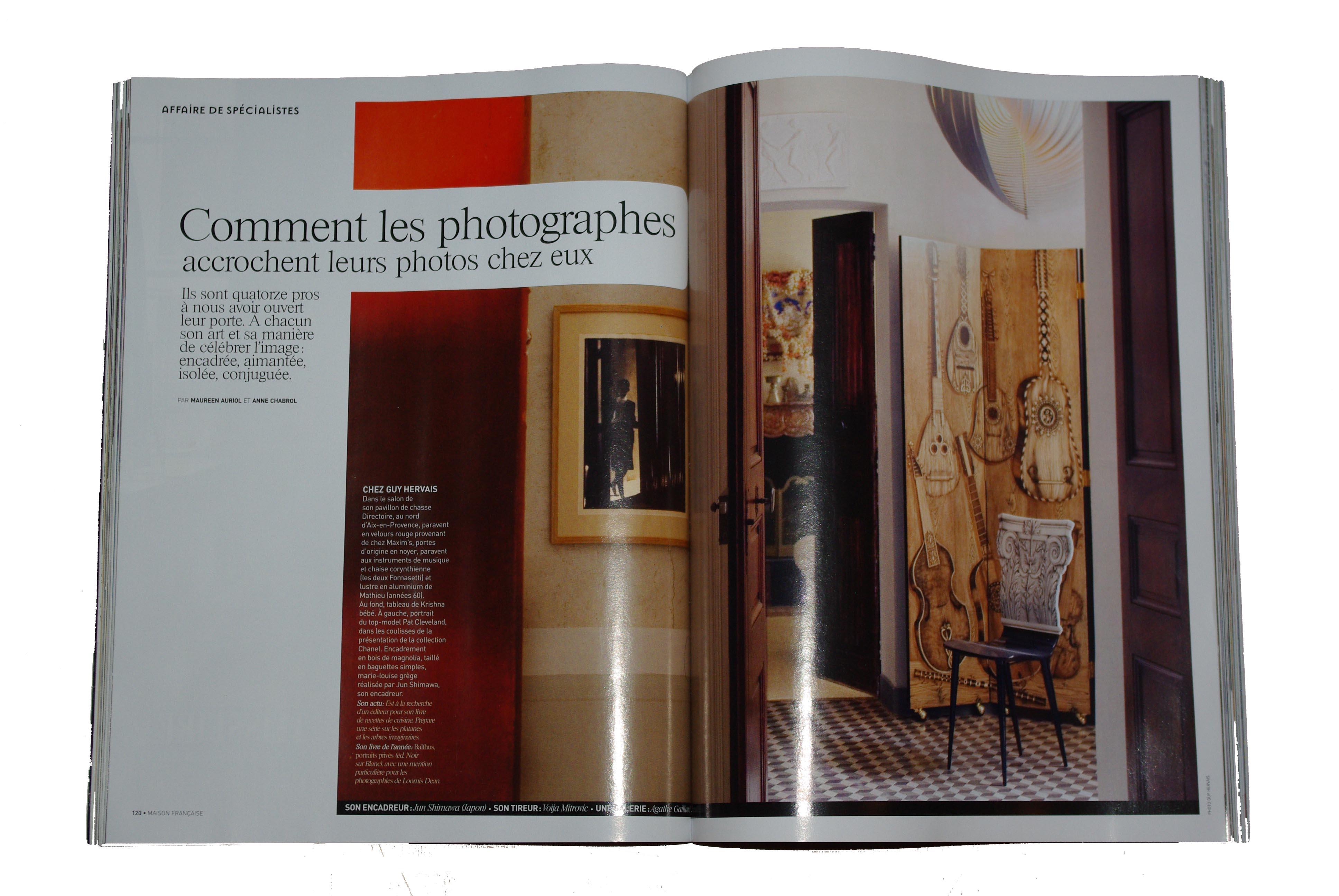 maison francaise p120 121 Comment les photographes accrochent leurs photos chez eux ?