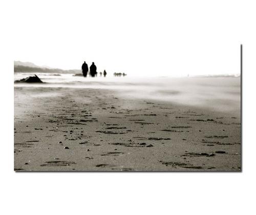les fantomes de la plage par gilles le verre Sélection des photographes mabellephoto.com du mois de juin