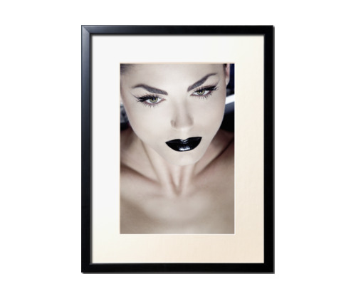 black lips par sacha rovinski Découvrez la sélection d'artistes mabellephoto.com de novembre