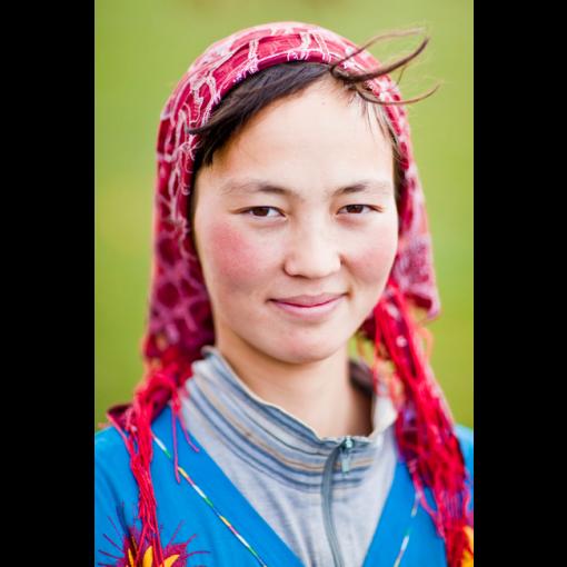 Jeune femme kirghize par Vincent Prevost par Vincent Prevost