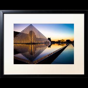 la pyramide du louvre par plej Découvrez la sélection des photographes mabellephoto de mars