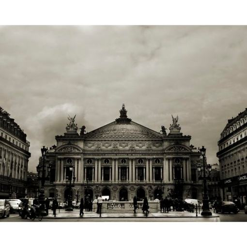L'opéra par Marie-Claude Strausz
