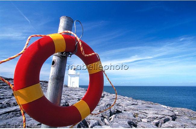 phare des burren en irlande par jean bernard barsamian Découvrez la sélection des photographes mabellephoto de juin