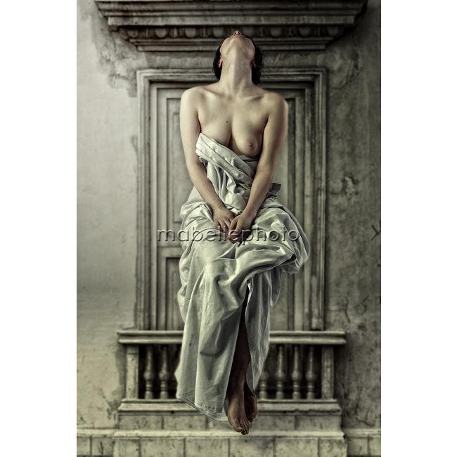 le repos de lange feminin par michel feugeas Découvrez la sélection des photographes mabellephoto du mois d'août